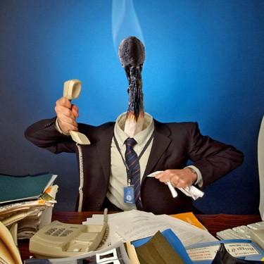 angajat serviciu burnout