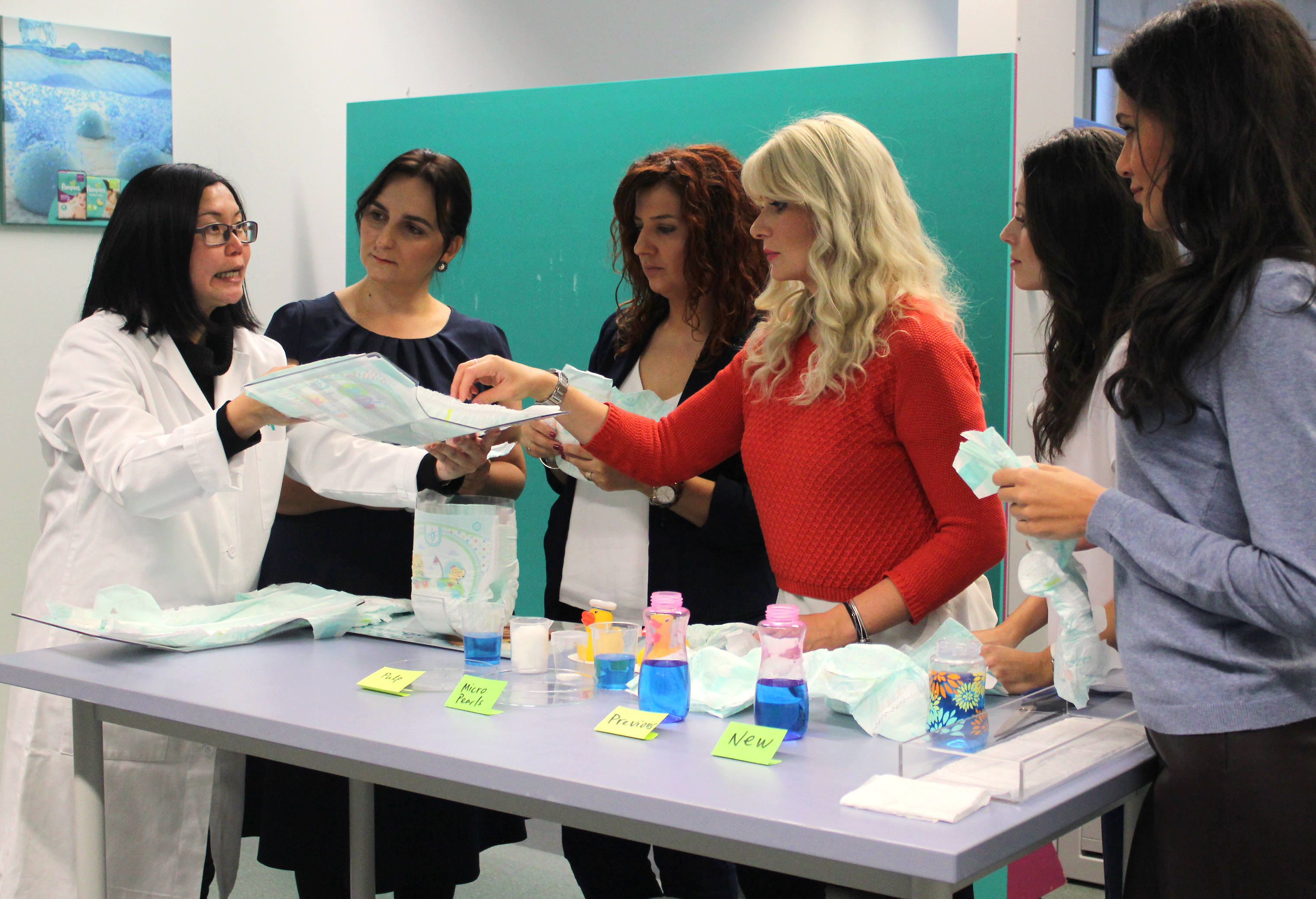 test scutec pampers active baby dry core gel super absorbant