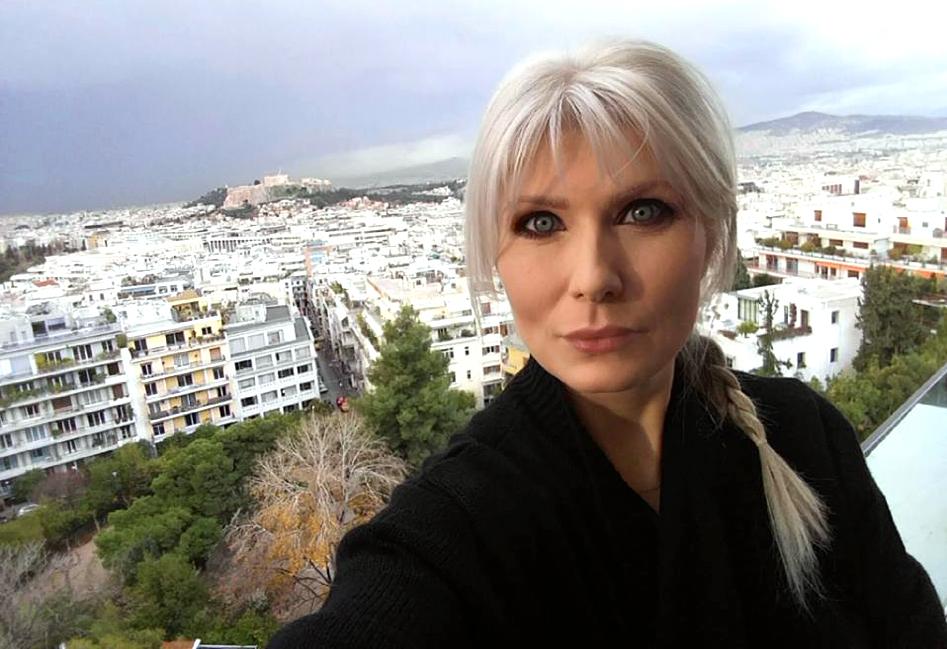 blond argintiu
