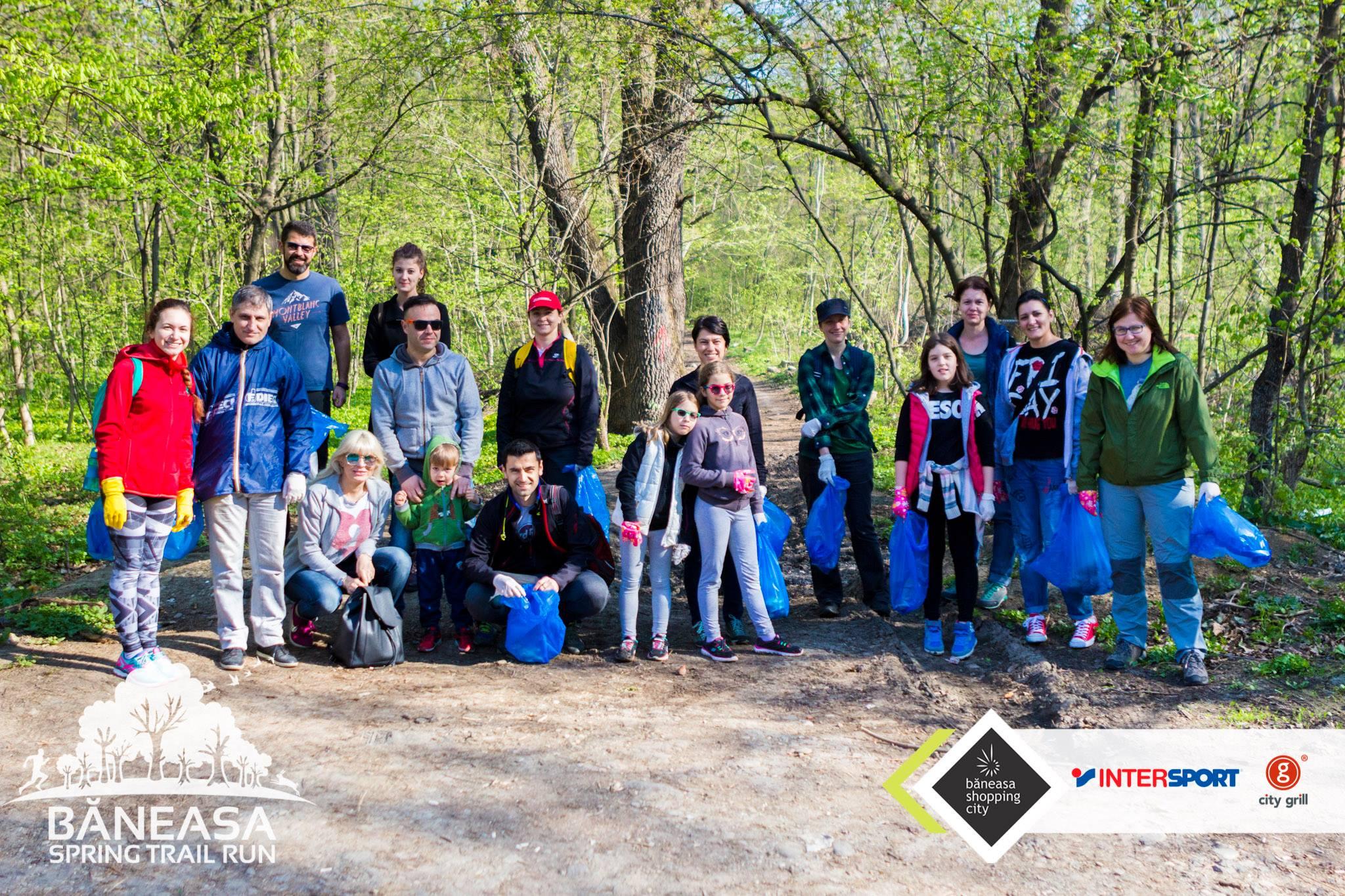 voluntari ecologizare padurea Baneasa