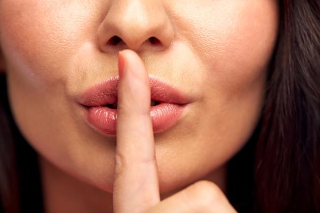 femeie rusine tabu menstruatie