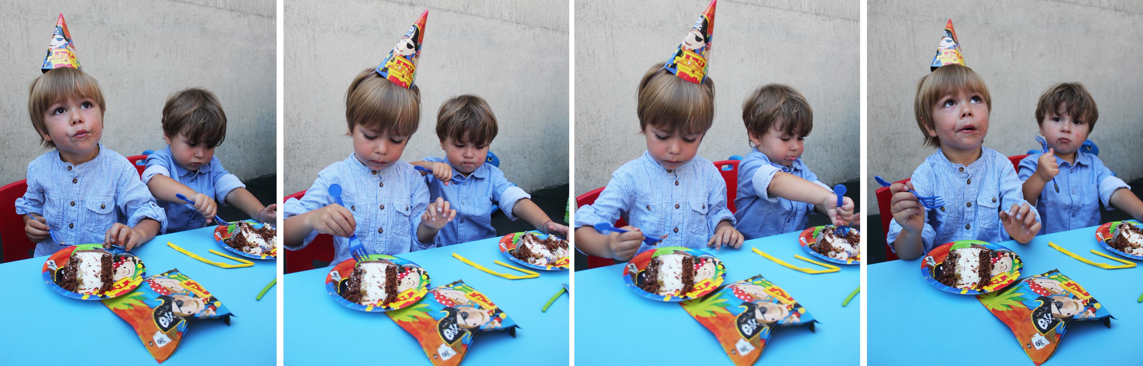 tudor si victor copii mananca tort petrecere gradinita