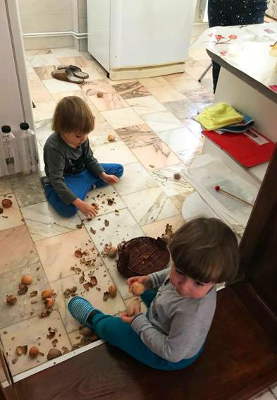 copii dezordine la bunici