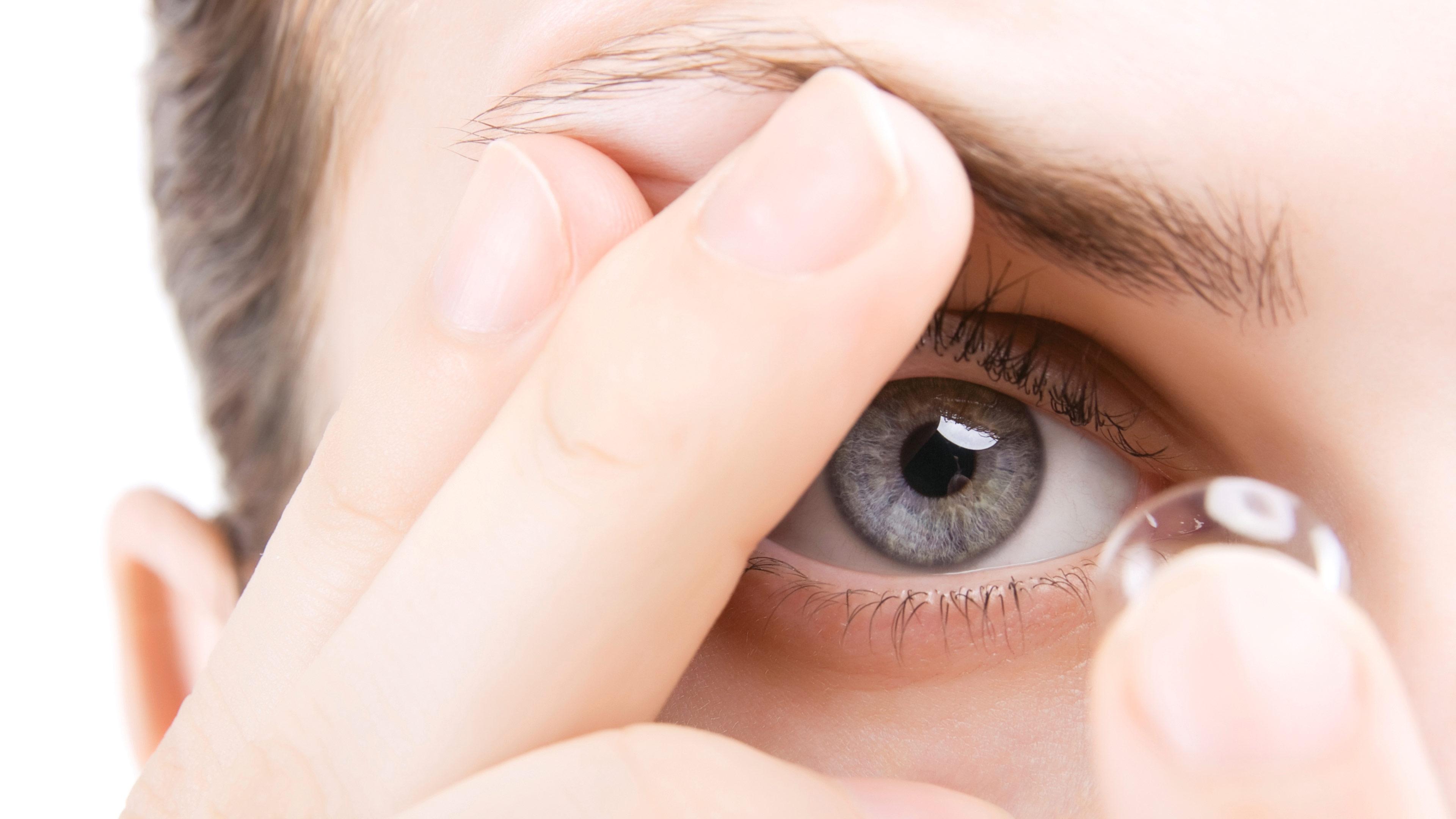 test lentile de contact airoptix aqua night & day