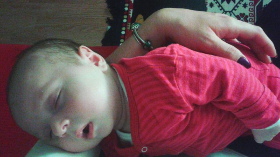 bebelus doarme somn linistit
