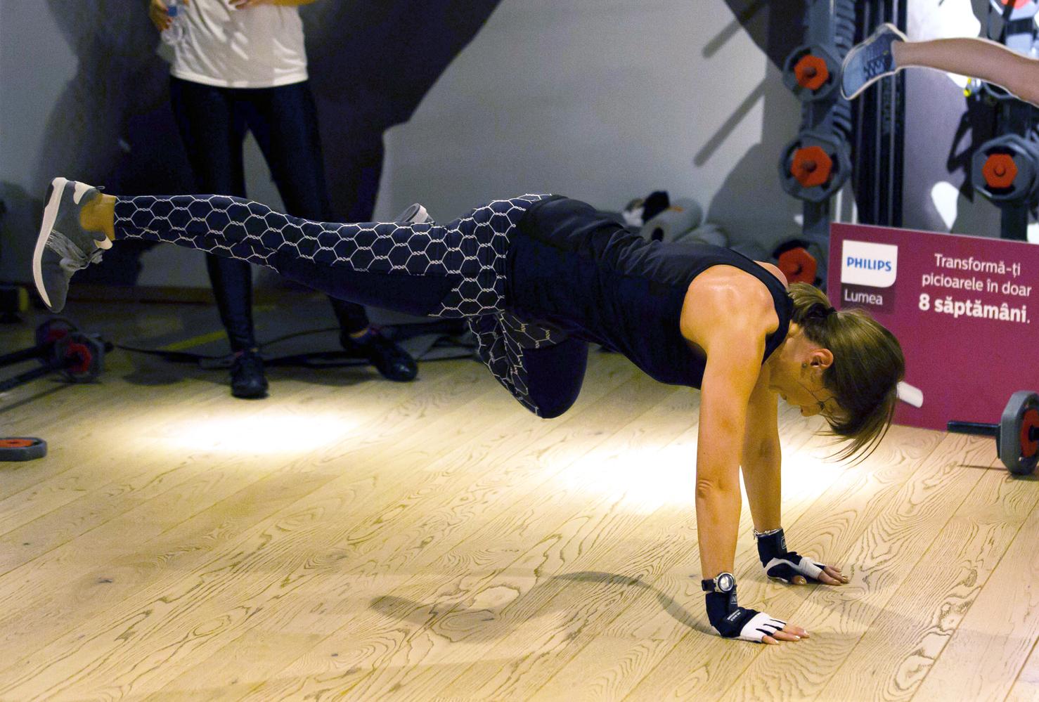 georgiana idriceanu w by world class grit philips lumea picioare de podium