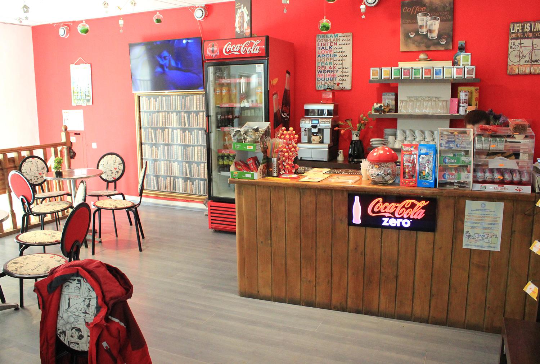 cafenea expozitia de trenulete sinaia