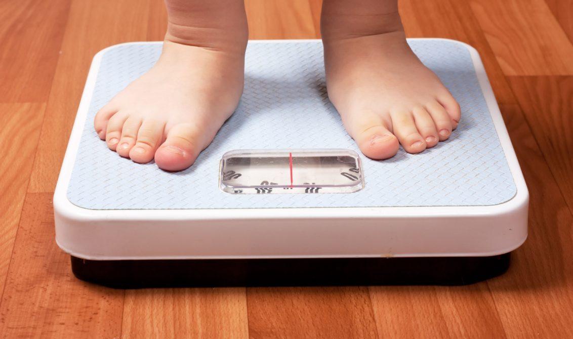 copil gras supraponderal cantar