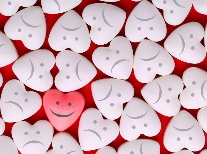 inimioare smiley fata trista martisoare