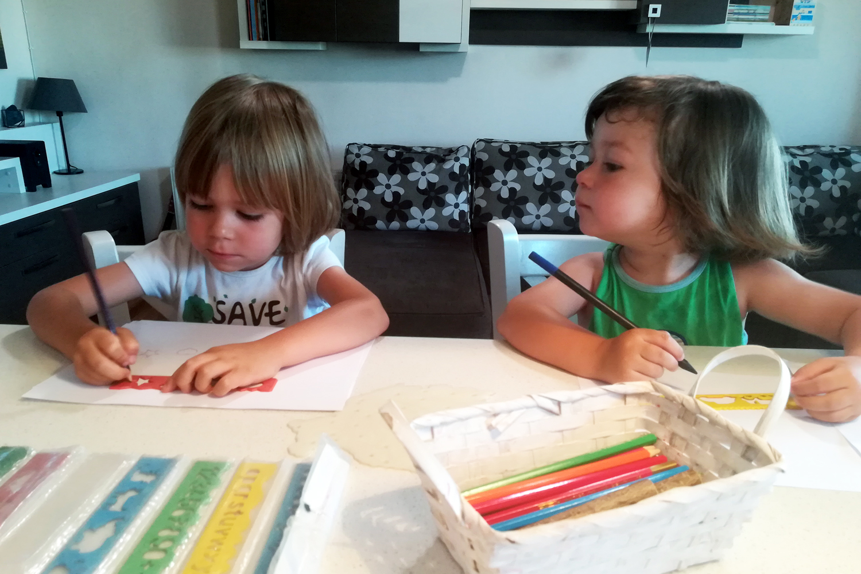 copii jocuri deseneaza coloreaza sabloane