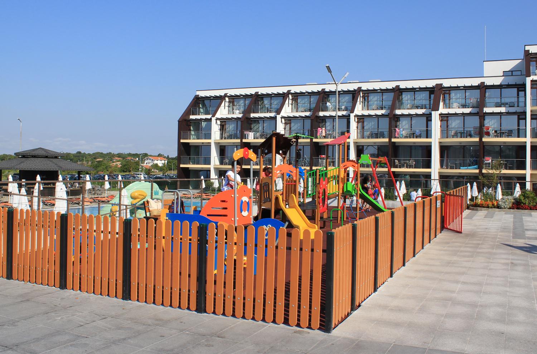 loc de joaca copii topola resort spa bulgaria