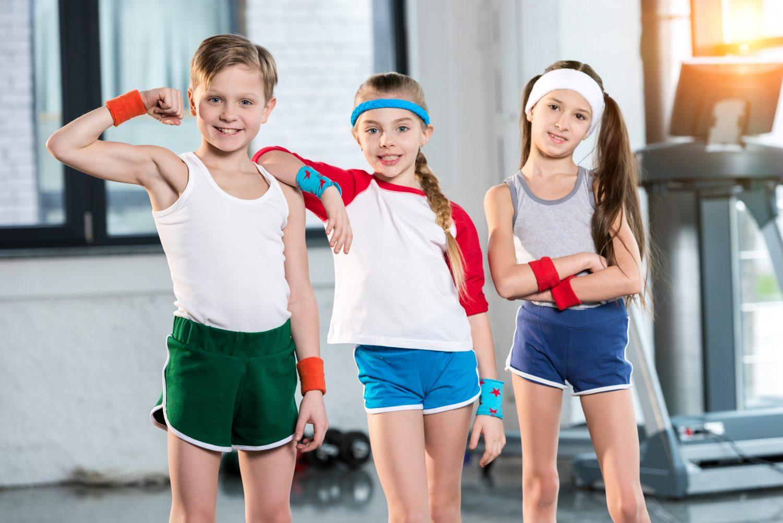 copii gimnastica sala