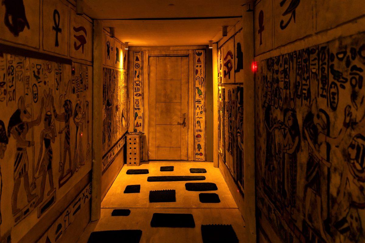 hotel transylvania tunel