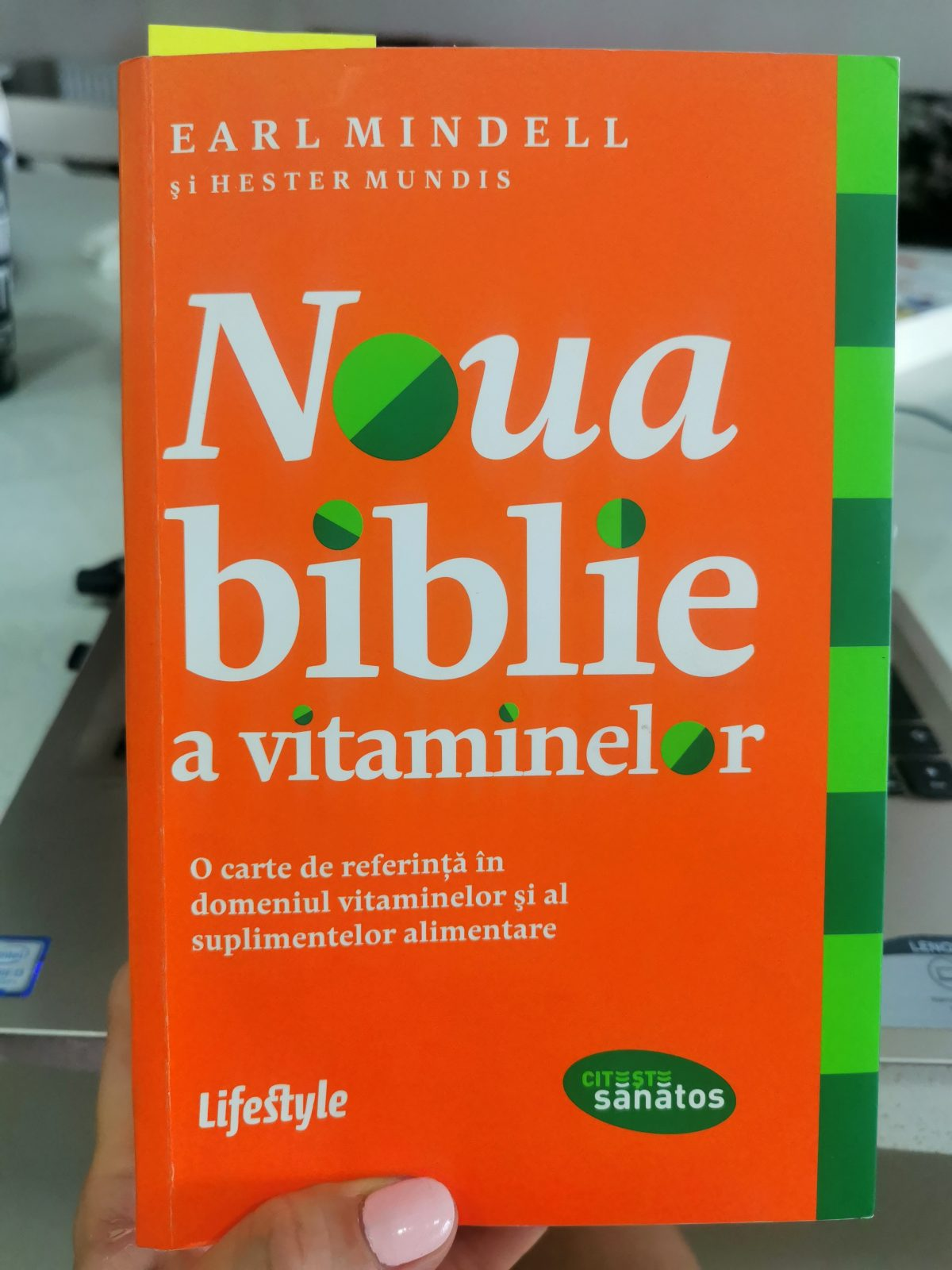carte noua biblie a vitaminelor