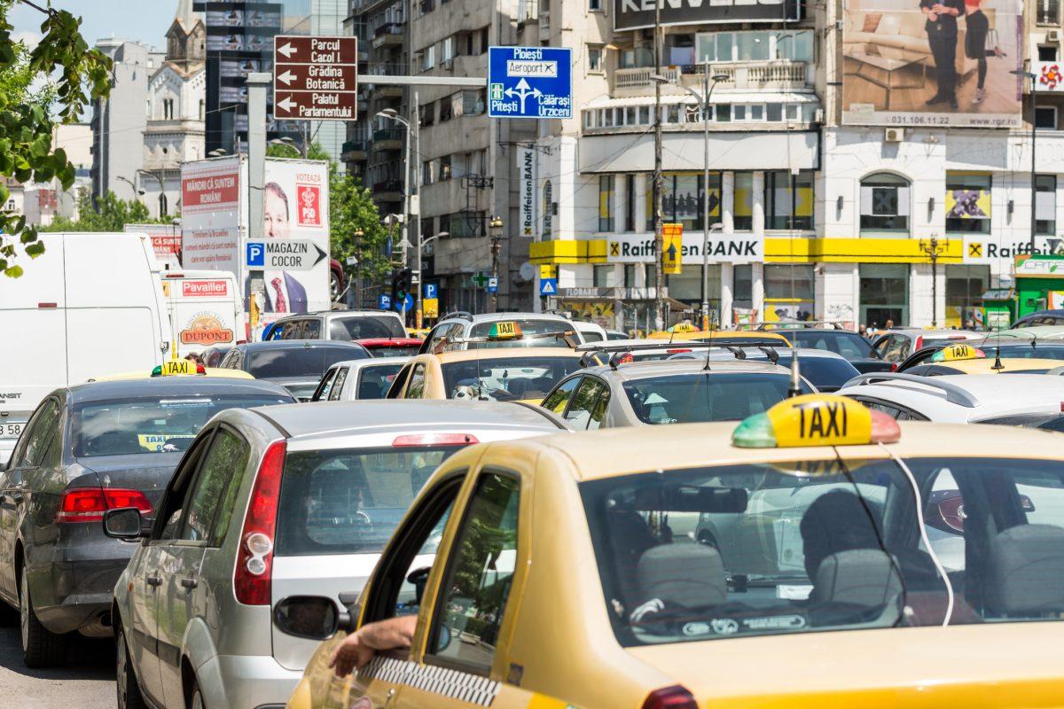 trafic aglomerat bucuresti tamponari usoare