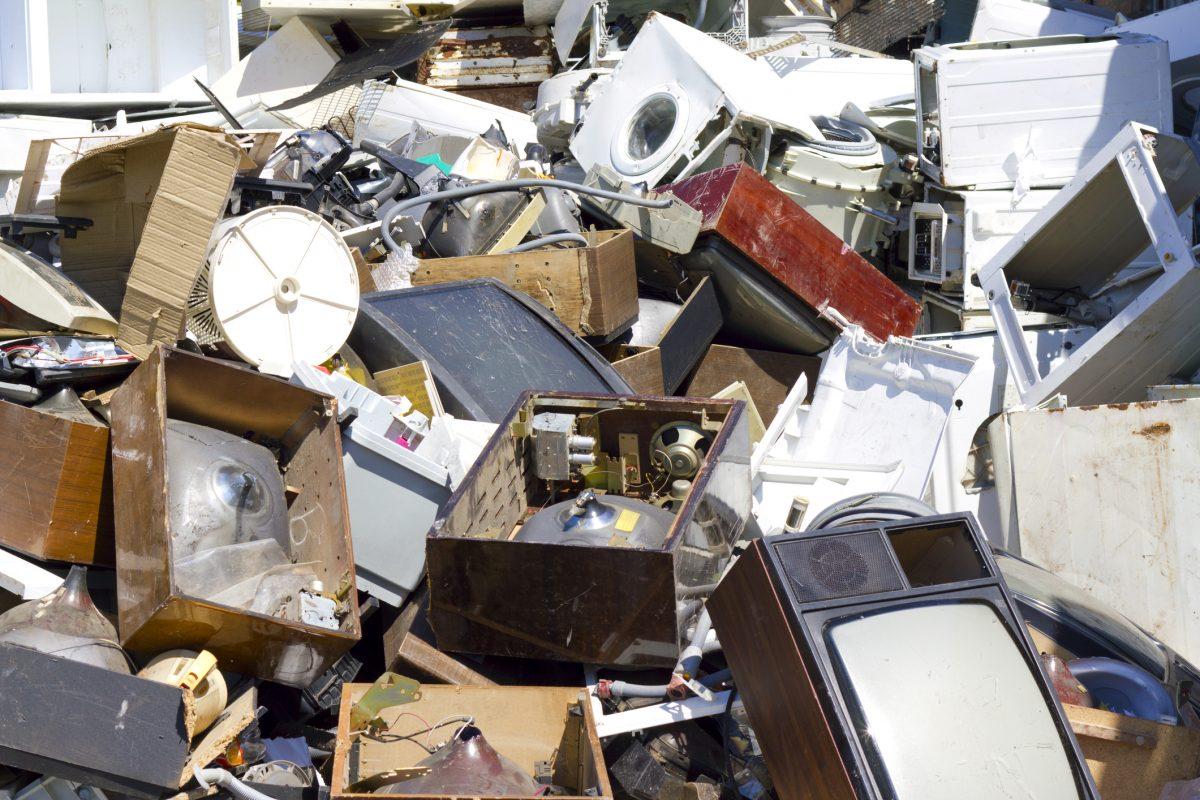 reciclare deseuri electrice electronice DEEE
