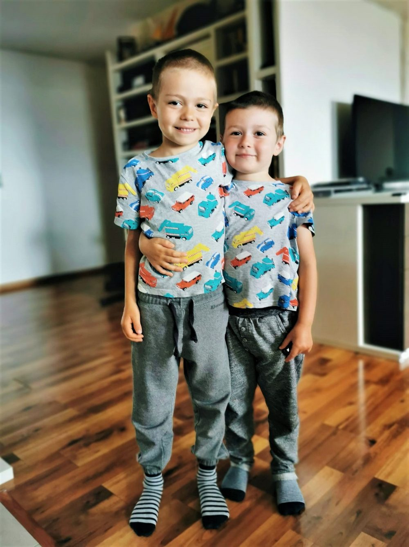 doi copii sfaturi parinti